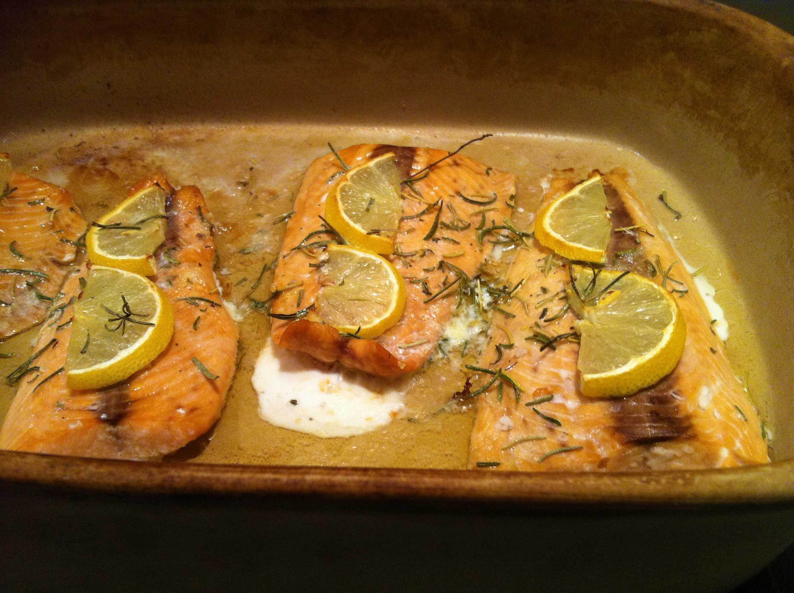 Rosemary and lemon broiled salmon