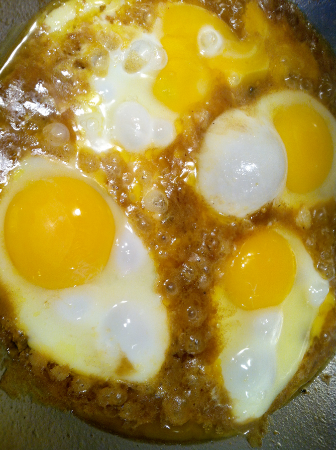 Curry eggs